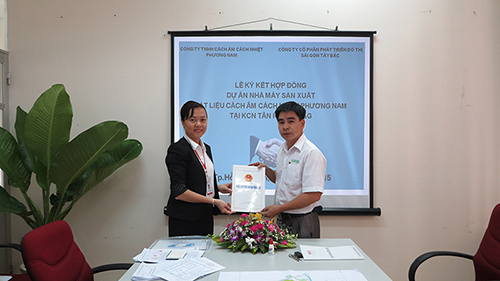 CEREMONY OF LAND LEASE AGREEMENT SIGNING BETWEEN PHUONG NAM SOUNDPROOF INSULATING COMPANY LIMITED AND NORTHWEST SAIGON CITY DEVELOPMENT CORPORATION (SCD)
